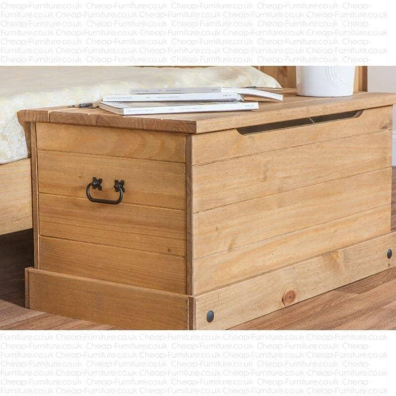 Corona blanket box in pine black cheap furniture for Cheap furniture companies
